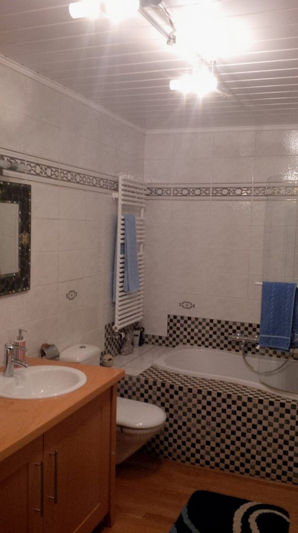 neues badezimmer planen ein neues bad mit dachschrge perfekt umgesetzt es war einmal der beginn. Black Bedroom Furniture Sets. Home Design Ideas